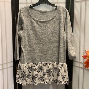 Loveapella 1/2 sleeve top